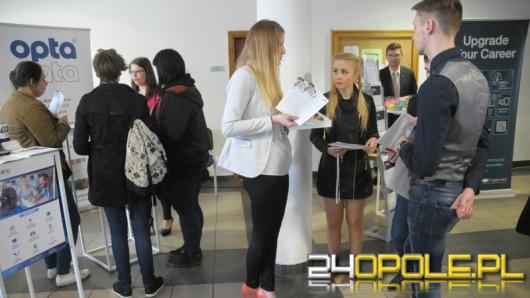 VII Giełda Pracy przyciągnęła tłumy studentów UO