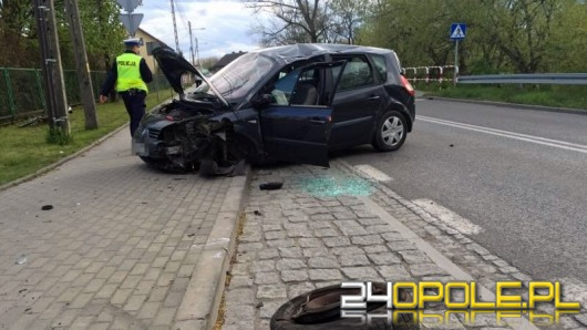 Kierowca renault zasłabł za kierownicą i dachował
