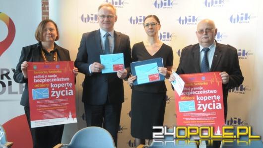 """Opole wprowadza """"Koperty Życia"""" dla seniorów"""