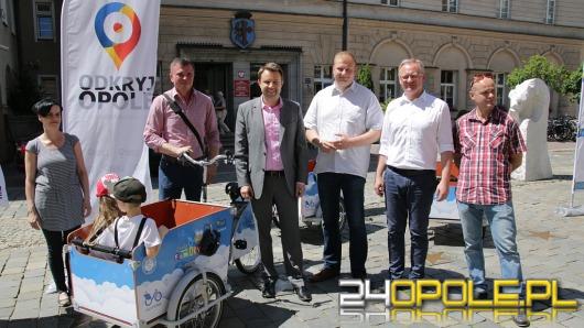 Od dziś w Opolu dostępne są riksze do przewozu dzieci