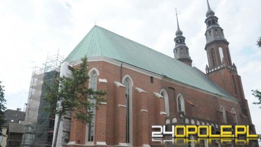 Zobacz jak postępują prace przy renowacji Katedry Opolskiej