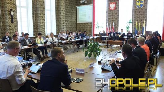 Prezydent Opola z absolutorium rady miasta