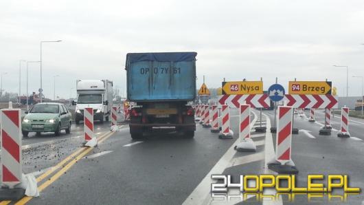 Kierowcy jeżdżą już częścią nowego ronda w Karczowie