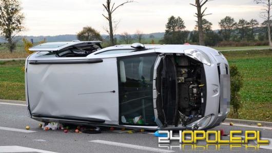Wypadek na obwodnicy Grodkowa, dwie osoby ranne