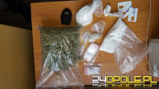 Mieszkaniec Nysy miał blisko kilogram narkotyków w mieszkaniu