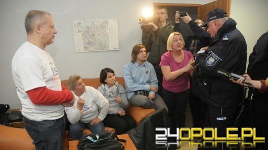 Duże Opole. Protest w biurze Patryka Jakiego był bezprawny?
