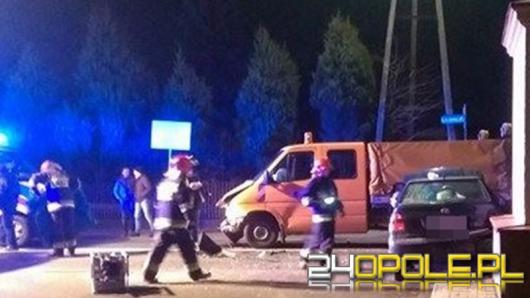 Groźny wypadek pod Opolem, jedna osoba ranna