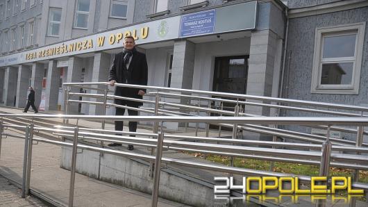 Biura opolskich posłów niedostępne dla osób niepełnosprawnych?