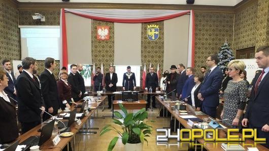 Rada miasta powiększona o 11 nowych radnych. Nie obyło się bez zgrzytu.
