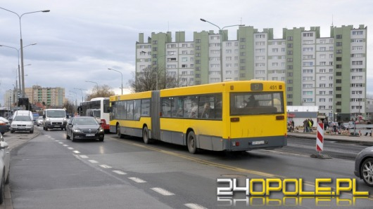 Ratusz apeluje do kierowców, by przesiedli się do autobusów MZK