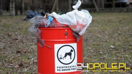 Czytelnicy alarmują: Nie mamy gdzie wyrzucać psich odchodów