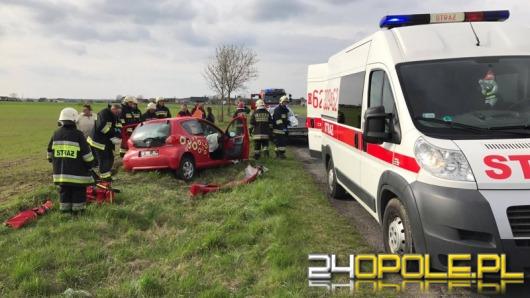 Laweta odczepiła się w czasie jazdy, kobieta została ranna