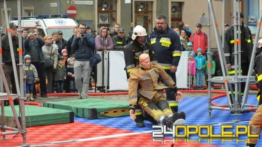 Strażacy opanowali Opole. Pierwsze takie zawody w mieście.