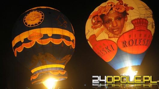 Nocny pokaz balonów rozświetlił Opole