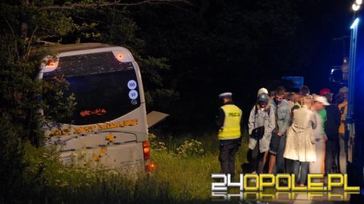 Nocne zderzenie autokaru i busa w Opolu. Są ranni.