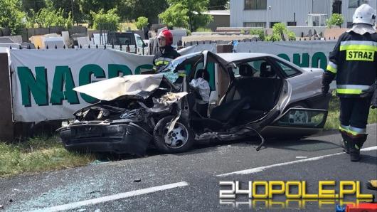 Wypadek na DW 414 we Wrzoskach. Zderzenie TIR-a z osobówką
