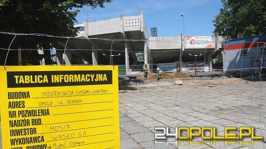 """Trwa modernizacja stadionu Odry Opole. """"Zdążymy do rozpoczęcia sezonu""""."""