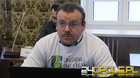 """Opolscy radni przeciwko ślubowaniu Piotra Szlapy. """"To polityczna hucpa!""""."""