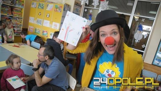 """""""Dr Clown"""" poszukiwany! Fundacja zachęca do wolontariatu"""