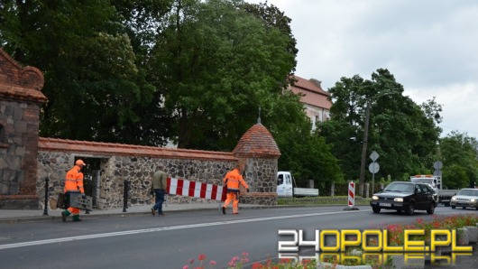 Koniec utrudnień drogowych w Niemodlinie. Odbudowano część bastei
