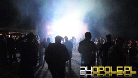 Z narkotykami na koncercie - 5 osób z zarzutami