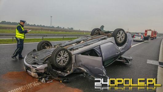 Dachowanie mazdy na autostradzie A4