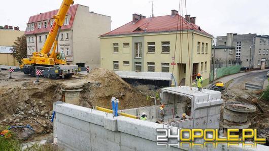 Trwa budowa tunelu pod ulicą Niemodlińską