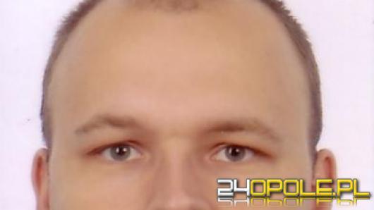 Policjanci poszukują zaginionego Krzysztofa Kotulę zamieszkałego w Opolu.
