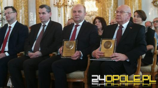 """Nagroda """"Znakomity Przywódca"""" dla Andrzeja Buły"""