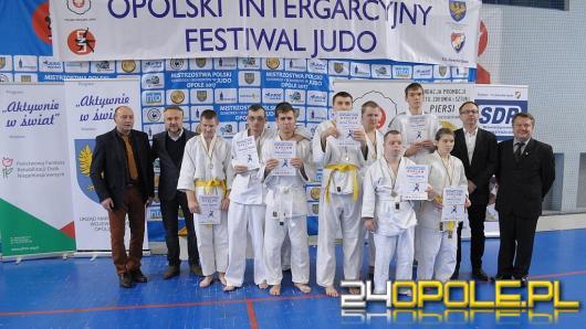 Opolski Integracyjny Festiwal Judo - ponad 300 juniorów walczyło na matach