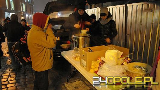 """Gorąca """"Zupa w Opolu"""" dla potrzebujących"""