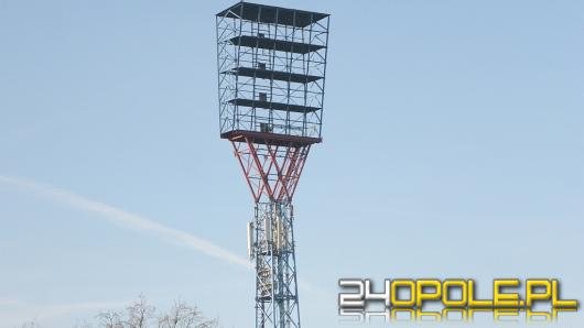 Nowe jupitery już niedługo oświetlą stadion Odry Opole