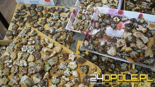 W Chrząstowicach upieczono ponad 5 tysięcy pierników. Dostaną je potrzebujący.