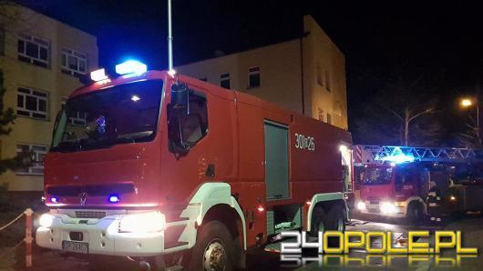 Pożar ocieplenia budynku w Szkole Podstawowej nr 20 w Opolu