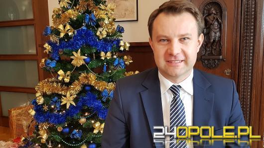 Arkadiusz Wiśniewski - 2017 był przebojowy jak nowe hasło Opola