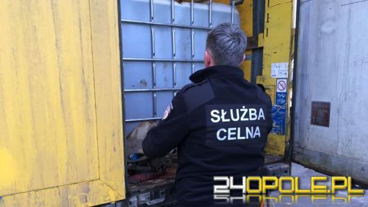 KAS z Opola udaremnił wprowadzenie na rynek 26 tysięcy litrów nielegalnego paliwa