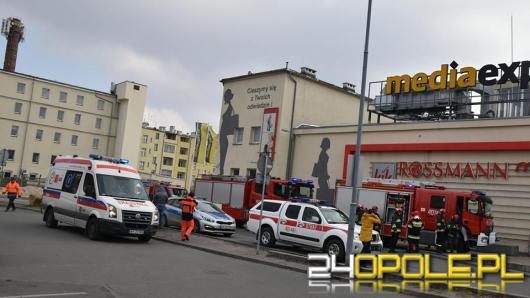 Ewakuacja centrum handlowego w Brzegu, do szpitala trafiło 9 osób