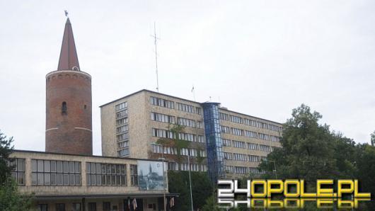 Wojewoda Opolski deklaruje rozpatrzyć zaległe wnioski 500 plus do połowy roku