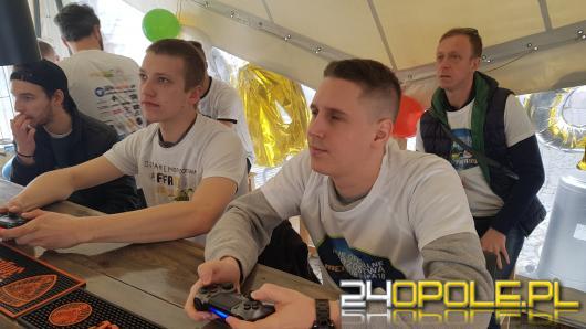 Bartek Ciach zwycięzcą Drugich Oficjalnych Mistrzostw Melon Pub Fifa18
