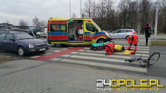 Starszy mężczyzna potrącony na przejeździe dla rowerzystów