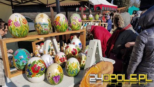 Tłumy Opolan zjechały na jarmark wielkanocny w Bierkowicach