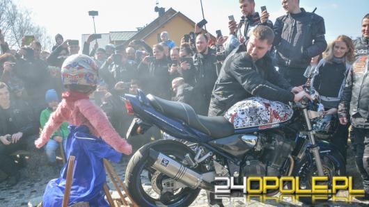 Setki motocyklistów witało dziś wiosnę