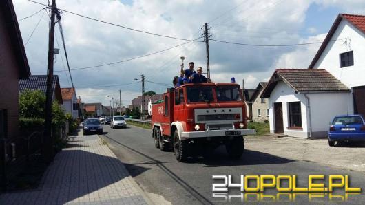 Strażacy ochotnicy z Sowina chcą pomagać, ale ich wóz strażacki jest już za stary