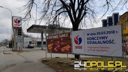 """""""Studencka"""" stacja Lotos przy miasteczku akademickim zamknięta. Został żal i wspomnienia"""