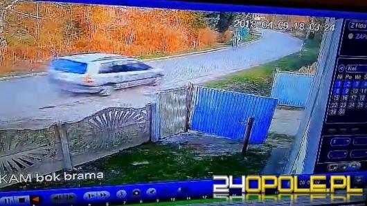 Pijany kierowca zakończył rajd na słupie energetycznym