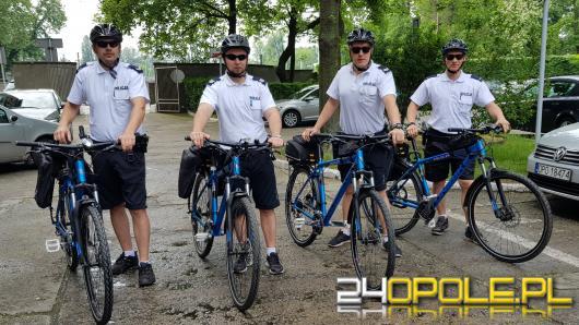 Policjanci rozpoczęli sezon rowerowy. Podczas patrolu pokonują nawet 80km dziennie !