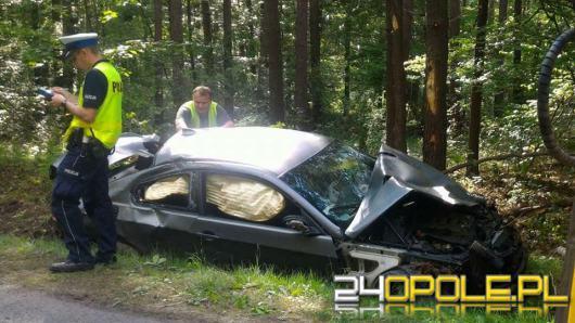 BMW dachowało nieopodal Choruli, Dwie osoby ranne w szpitalu