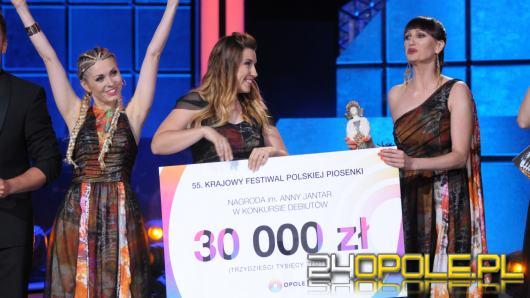 """""""Siła kobiet"""" w wykonaniu Girls on Fire wygrywa tegoroczne debiuty"""