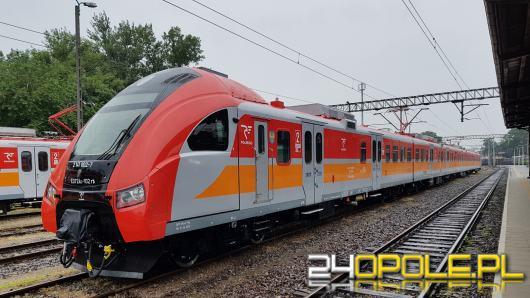 Dwa zmodernizowane pociągi jeżdżą już na opolskich torach. Jakie czekają nas udogodnienia?