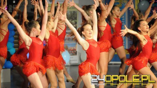 W Chrząstowicach trwają zmagania tancerzy. Dziś prezentacje indywidualne i miniformacje.